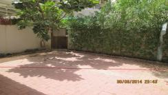 Spacious 4br villa  available in airport road